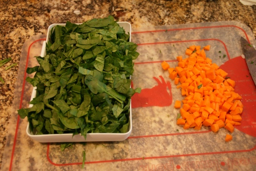 I use baby spinach which I slice, but you can leave the leaves whole, too.
