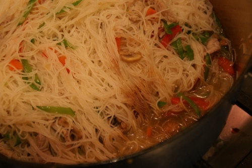 Add the soy into the broth, then mix with the noodles.