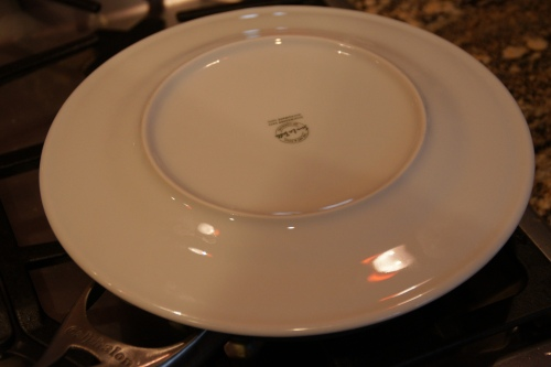 Bigger plate = easier to flip