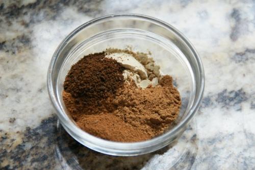 Warm, homey, autumn spices:  ginger, cinnamon, nutmeg and cloves!